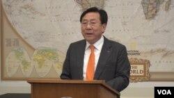 김기문 중소기업중앙회장이 11일 미국 의회에서 열린 개성공단 기업 대표단 설명회에서 기업인들의 입장을 밝혔다.