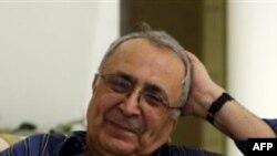 Американский бизнесмен иранского происхождения Реза Тагхави после освобождения из тюрьмы.