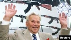 AK-47式突擊步槍的發明者米哈伊爾.卡拉什尼科夫。(2007年8月7日資料照片)