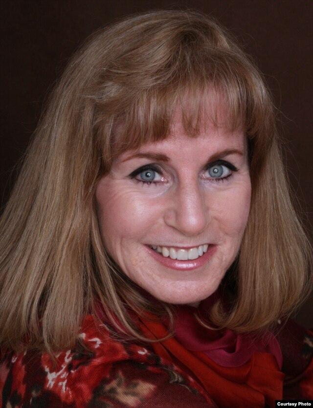 Amy Smithson