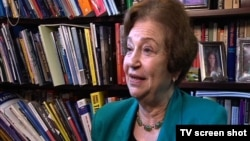 Endžela Stent, profesorka na univerzitetu Džordžtaun u Vašingtonu