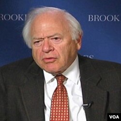 Stephen Hess, politički analitičar u Institutu Brookings u Washingtonu