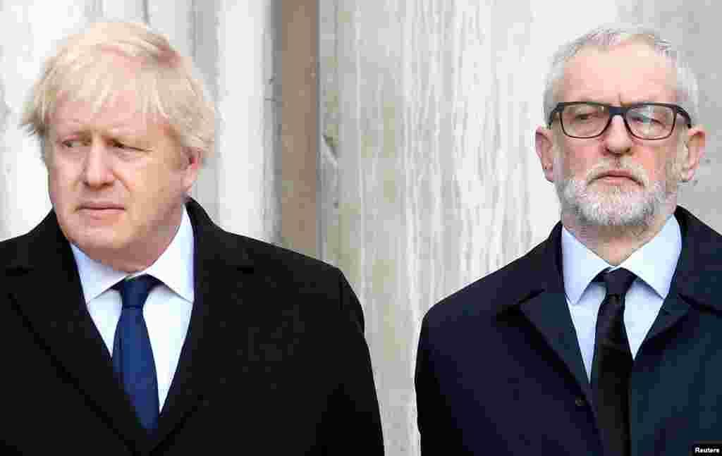នាយករដ្ឋមន្រ្តីអង់គ្លេសលោក Boris Johnson និងមេដឹកនាំបក្សប្រឆាំង Labour Party លោក Jeremy Corbyn ចូលរួមក្នុងការគោរពវិញ្ញាណក្ខន្ធអ្នកបាត់បង់ជីវិតដោយការវាយប្រហារចាក់នឹងកាំបិតមួយនៅលើស្ពាន London Bridge។