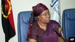 Suzana Inglês, presidente da comissão eleitoral angolana contestada pela UNITA