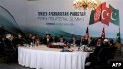 Թուրքիայի, Աֆղանստանի և Պակիստանի ղեկավարները քննարկել են եռակողմ հարաբերությունների բարելավման ուղիները