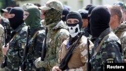 Pripadnici separatističkih snaga na istoku Ukrajini
