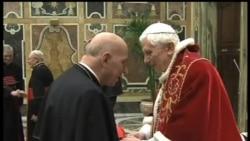2013-02-28 美國之音視頻新聞: 教宗本篤16世在星期四晚辭職