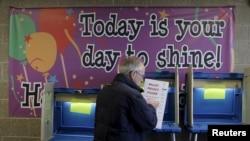 رای دهی در ویسکانسن آغاز شده و ساعت ۹ شب به وقت شرق امریکا، مراکز مسدود می شود.