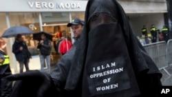 Denmark larang penggunaan niqab dan burka sejak Agustus 2018.