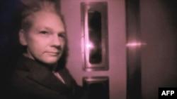 Assange'ın Serbest Bırakılmasına Yapılan İtirazlar Değerlendiriliyor