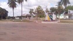 Mocímboa da Praia com ruas grafitadas com referências ao Estado Islâmico