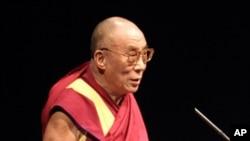 达赖喇嘛在颁奖会上演说
