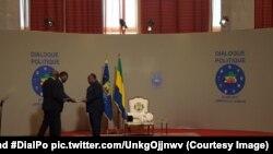 Alain Claude Billie By Nzé, porte-parole du gouvernement joint par Yacouba Ouedraogo