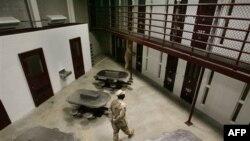 Nhà tù Guantanamo được xem như là một trong những nhà tù tối tân nhất do chính phủ Mỹ điều hành