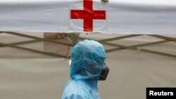 Việt Nam hiện vẫn sử dụng ngân sách nhà nước để chi trả chi phí xét nghiệm và điều trị cho tất cả các bệnh nhân người Việt nhiễm Covid-19.