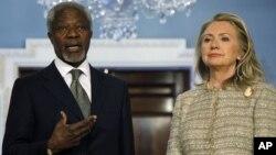 Kofi Annan ve Hillary Clinton