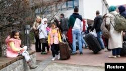 Para pengungsi Suriah di Friedland, Jerman (foto: dok).