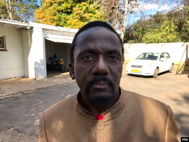 """Jameson Timba, the chief election agent for the opposition Movement for Democratic Change Alliance in Harare, says the Zimbabwe Electoral Commission is committed to preside over """"manipulated"""" polls. (S. Mhofu/VOA)"""