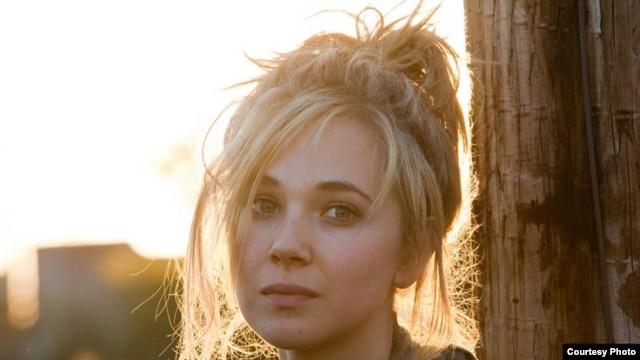 """Juno Temple stars as Dottie in """"Killer Joe"""""""