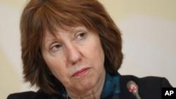 La jefa de la diplomacia europea, Catherine Ashton, dijo que el desacuerdo entre las partes fue muy marcado en las conversaciones.