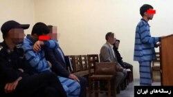 عکسی که رسانههای ایران از جلسه دادگاه قاتل و همدستش منتشر کردهاند