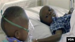 L'UNICEF et l'OMS ont mis sur pied un plan pour mieux lutter contre deux maladies qui tuent 2 millions d'enfants par an