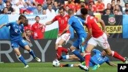 بِل بازیکن ۱۰۰ میلیون یوروی ریال مادرید و تیم ملی ویلز