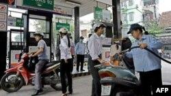 Petrolimex thông báo giá xăng sẽ tăng kể từ thứ Hai