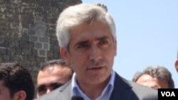 Parlamenterê AKP'ê Galîp Ensarîoglu
