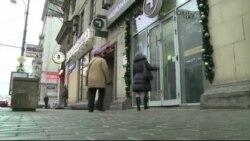 Ruble Düştükçe Ruslar'ın İşi Zorlaşıyor