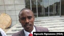 Trésor Nzila de l'OCDH, à Brazzaville, au Congo. (VOA/Ngouela Ngoussou)