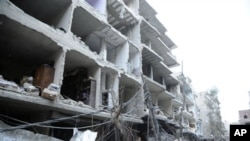 Ledakan bom mobil di Damaskus, Suriah pada hari raya Idul Adha menewaskan sedikitnya 5 orang, Jumat (26/10).
