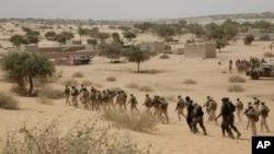 Abasirikare b'Amerika bariko batanga imyimenyerezo ya gisirikare ku basirikare bo muri Chad na Nijeri