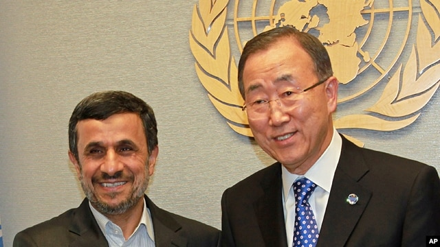 Secretary General of the U.N. Ban Ki-moon (r) meets with President of Iran Mahmoud Ahmadinejad at United Nations Headquarters, Sept. 23,  2012.