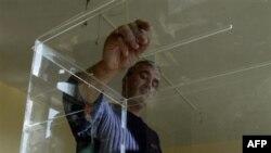 Belgrat Kosovalı Sırpları Seçimlere Katılmamaya Çağırdı