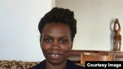 Madame Violette Uwamahoro akirekurwa yahise yerekeza mu nzu yashakiwe na Ambassade y'Abongereza mu Rwanda
