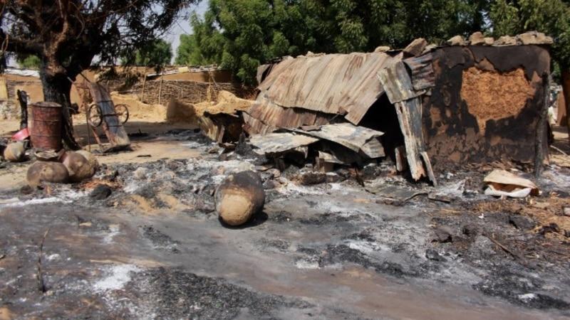 7 morts dans l'attaque d'une base militaire dans le nord-est