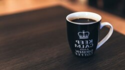 Thành ngữ Mỹ thông dụng: coffee break/shape up or ship out