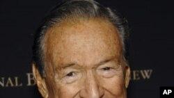 Ông Mike Wallace là 1 trong những ký giả truyền hình nổi tiếng nhất của nước Mỹ