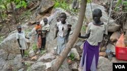 Anak-anak Sudan harus menjadi pengungsi akibat kekerasan di negara bagian Kordofan yang tegang di Selatan.
