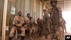 Tentara Chad di N'Djamena (foto: dok). Militer Chad membantu Kamerun memerangi kelompok pemberontak Boko Haram.