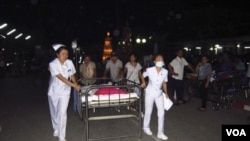El terremoto afectó principalmente el norte del país. Una mujer mirió, mientras que los hospitales recibieron a otras personas por diversas razones relacionadas con el sismo. Hasta el momento no se reporta emergencia de tsunami.