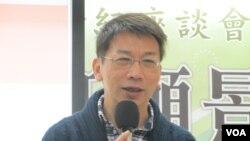 东吴大学政治系教授徐永明(美国之音张永泰拍摄)