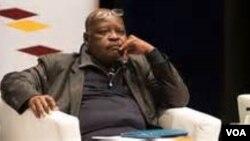 U-Vice Chancellor Roland Ndlovu owe NUST