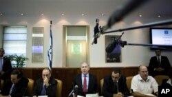 سهرهک وهزیرانی ئیسرائیل بنیامین ناتانیاهو له میانهی کۆبوونهوهیهکی کابینهتهکهی، (ئهرشیفی وێنه)