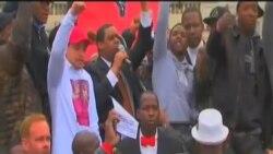 巴爾的摩悼念拘押期間死亡的黑人青年