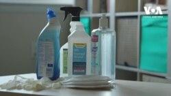 Як волонтери збирають засоби захисту від коронавірусу для місцевих лікарень. Відео