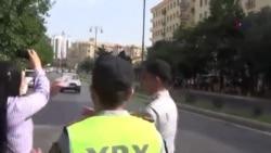 Polis islamçıların İsrail səfirliyinin önündə aksiyasının qarşısını alıb