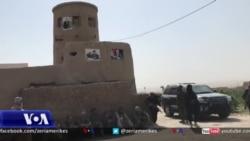 Banorët lokalë ndihmojnë ushtrinë afgane në luftën kundër Talibanëve