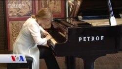 Piyanist Durakoğlu'ndan Genç Müzisyenlere Burs Tavsiyesi